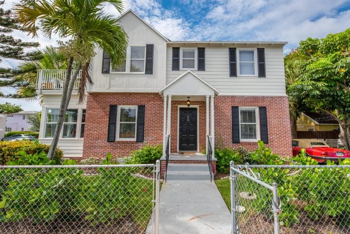 201 Ocean Breeze Street, Lake Worth, FL 33460