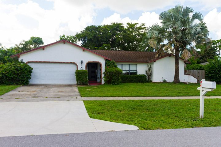 12673 Guilford Circle, Wellington, FL 33414