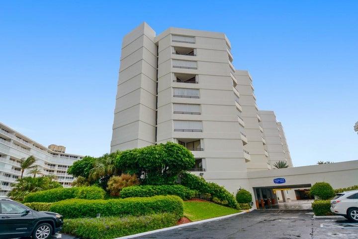 3560 S Ocean Boulevard, 202, South Palm Beach, FL 33480