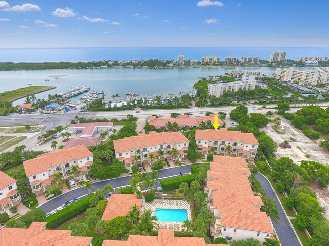 403 Del Sol Circle, Tequesta, FL 33469