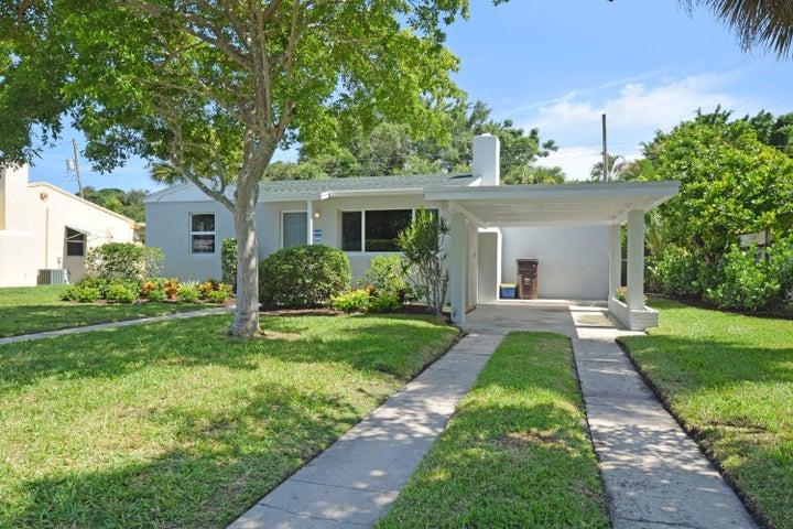 1034 Churchill Circle S, West Palm Beach, FL 33405