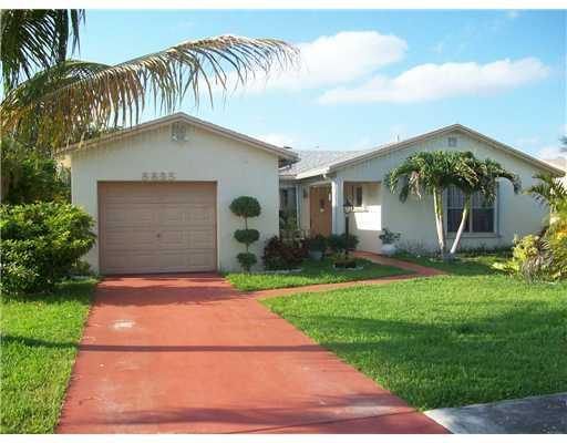 8895 SW 9th Street, Boca Raton, FL 33433