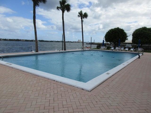 2600 N Flagler Drive, 910, West Palm Beach, FL 33407