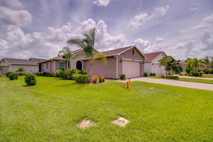 10379 SW Indian Lilac Trail, Port Saint Lucie, FL 34987