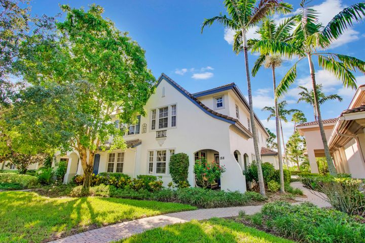 188 Evergrene Parkway, 15-B, Palm Beach Gardens, FL 33410