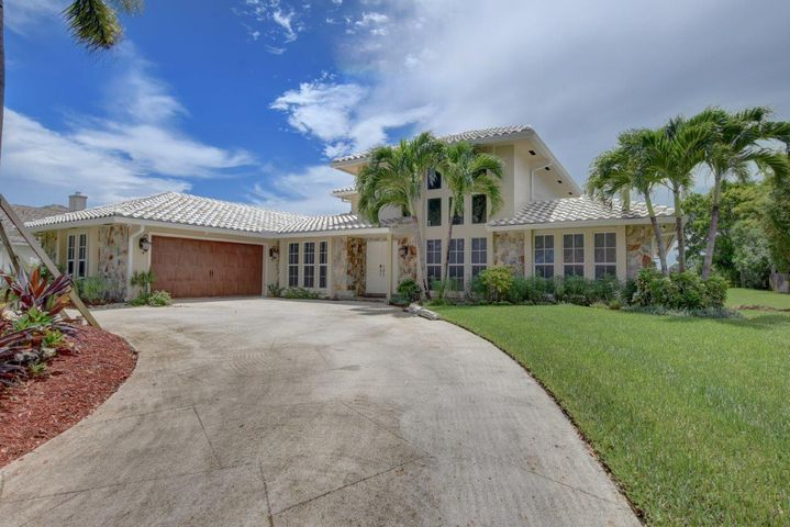 3215 Embassy Drive, West Palm Beach, FL 33401