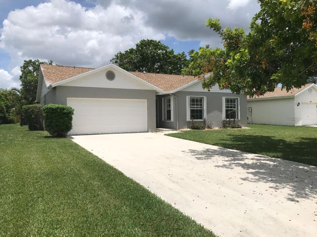 6884 Beacon Hollow Turn, Boynton Beach, FL 33437