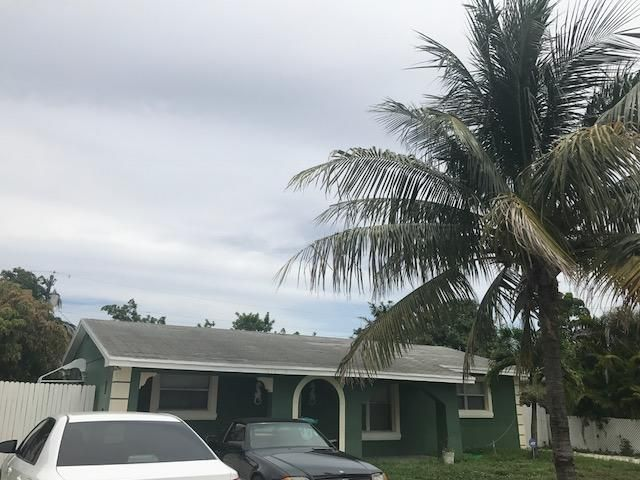 1610 NE 2nd Court, Boynton Beach, FL 33435