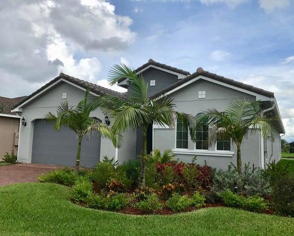 12509 SW Silverwood Avenue, Port Saint Lucie, FL 34987