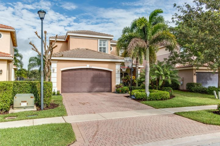 8315 Emerald Winds Circle, Boynton Beach, FL 33473