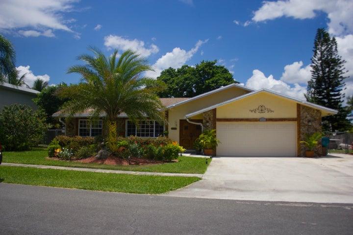 1111 NW 8th Court, Boynton Beach, FL 33426