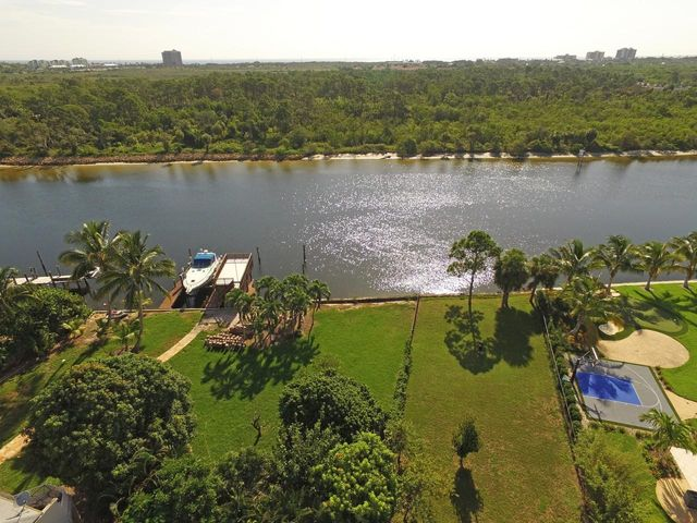 14100 Paradise Point Road, Palm Beach Gardens, FL 33410