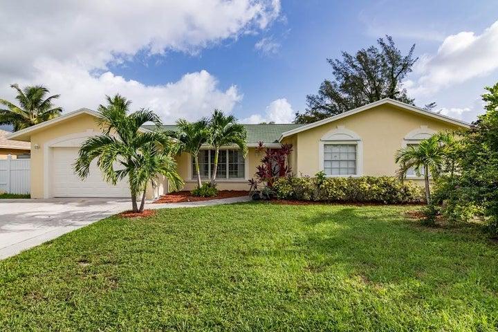 2645 Flamango Lake Drive, West Palm Beach, FL 33406