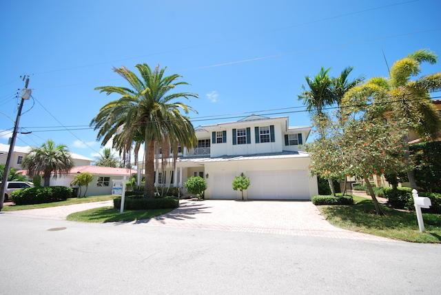 822 NE Bay Cove Street, Boca Raton, FL 33487