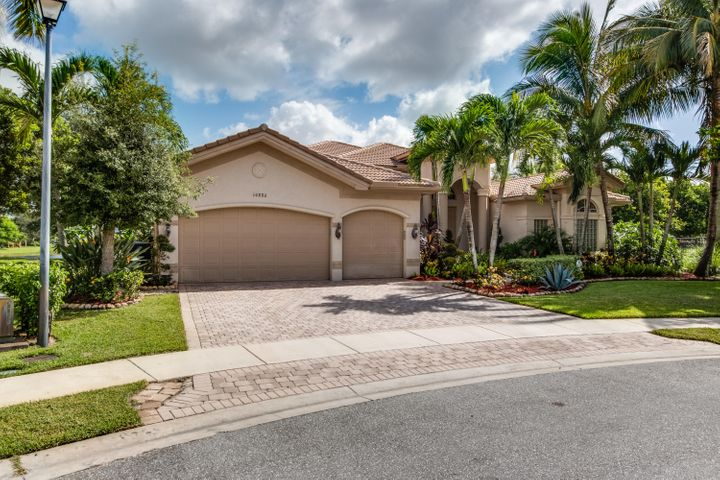10886 Canyon Bay Lane, Boynton Beach, FL 33473