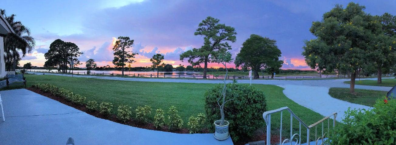 5606 Lake Osborne Drive, Lake Worth, FL 33461