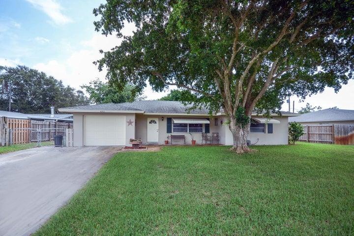 493 Dover Road, Tequesta, FL 33469