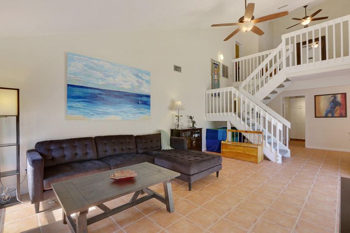 1003 Summerwinds Lane, Jupiter, FL 33458