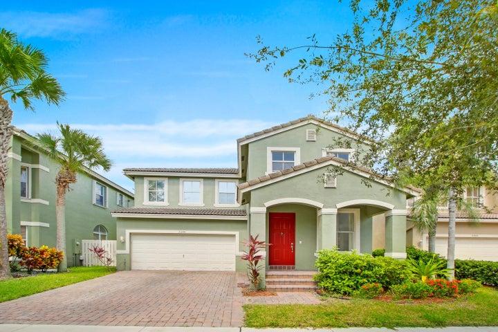 5204 Sancerre Circle, Lake Worth, FL 33463