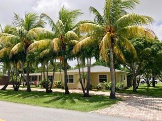 305 SW 3rd Street, Boynton Beach, FL 33435