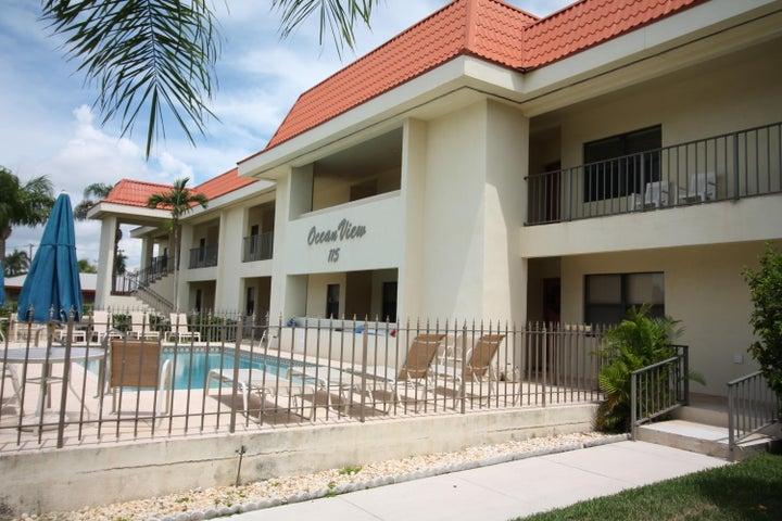 115 Bamboo Road, 102, Palm Beach Shores, FL 33404