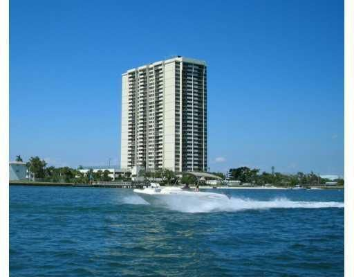5600 N Flagler Drive, 2409, West Palm Beach, FL 33407