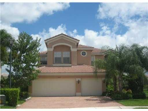 8553 Shallowbrook Cove, Boynton Beach, FL 33473