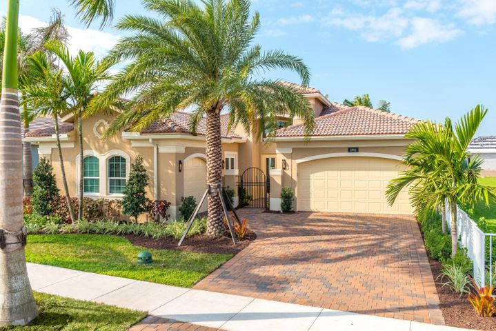 8959 Golden Mountain Circle, Boynton Beach, FL 33473