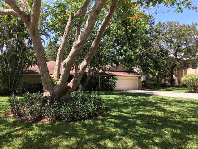 2565 Prosperity Oaks Court, Palm Beach Gardens, FL 33410
