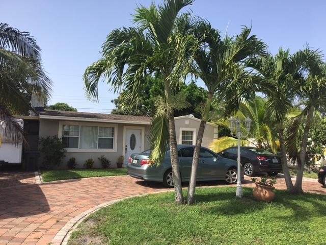 1009 Cherry Road, West Palm Beach, FL 33409