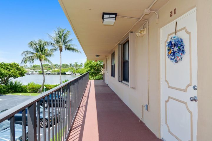 3545 S Ocean Boulevard, 210, South Palm Beach, FL 33480