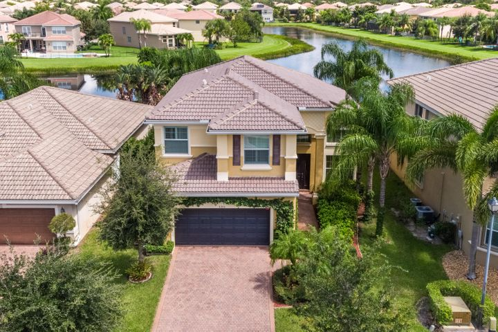8206 Emerald Winds Circle, Boynton Beach, FL 33473