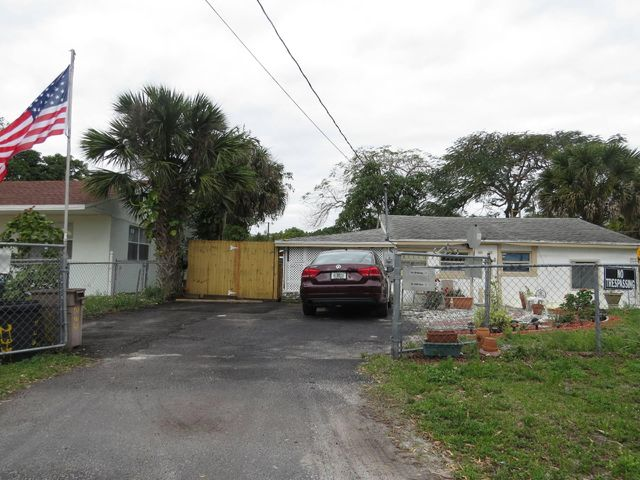 233 Neva Drive, West Palm Beach, FL 33415