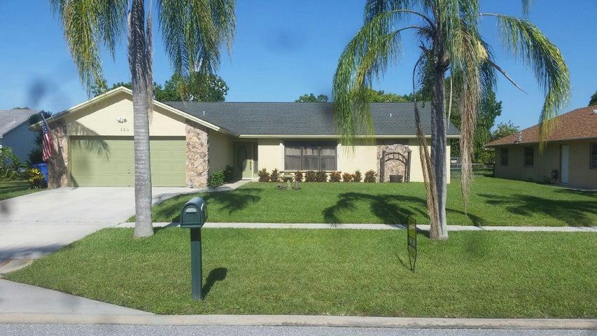 326 La Mancha Avenue, Royal Palm Beach, FL 33411