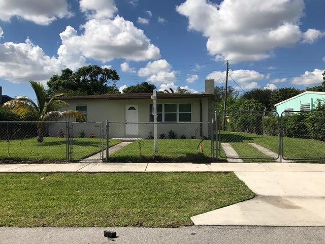 516 Dogwood Road, West Palm Beach, FL 33409