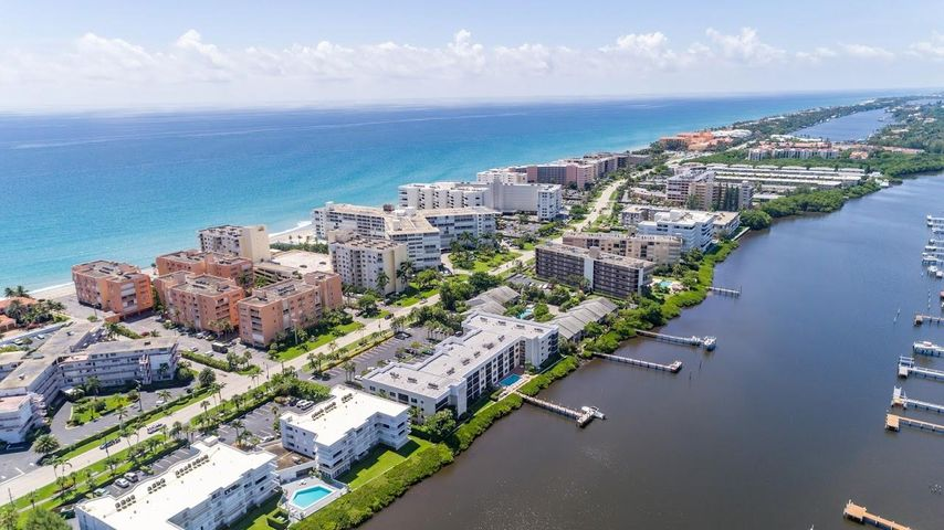 3520 S Ocean Boulevard, H305, South Palm Beach, FL 33480