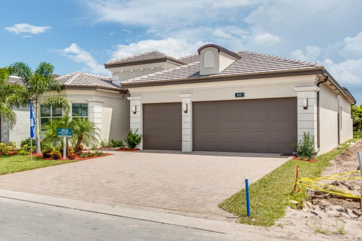 8947 Golden Mountain Circle, Boynton Beach, FL 33473