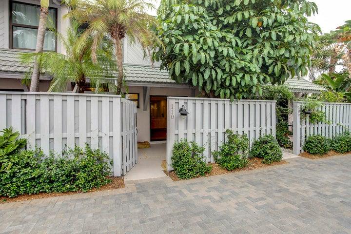 3543 S Ocean Boulevard, 110, South Palm Beach, FL 33480