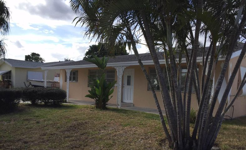 221 SW 8th Avenue, Boynton Beach, FL 33435