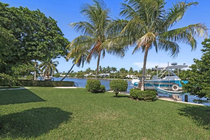 3111 Karen Drive, Gulf Stream, FL 33483