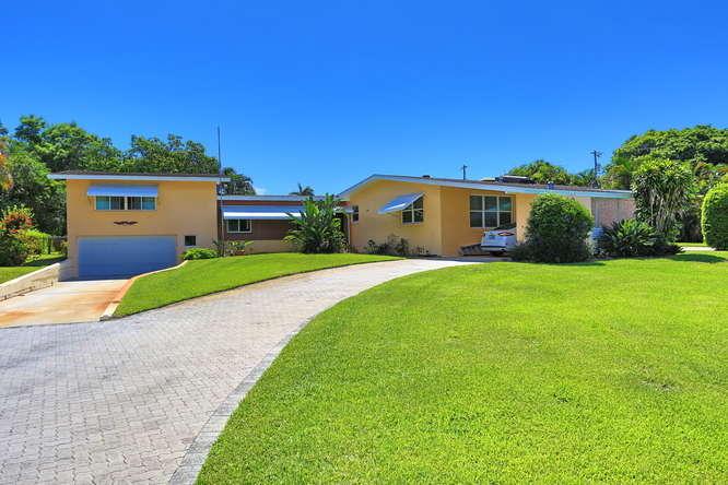1810 High Ridge Road, Lake Worth, FL 33461
