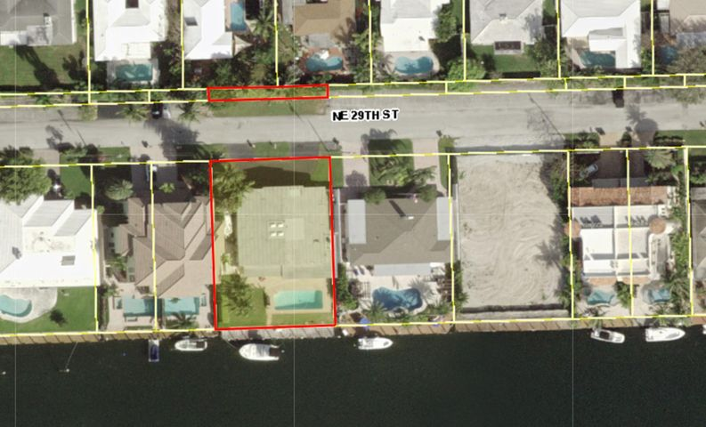 Zoned RD-10, Amazing 100' Waterfront Lot