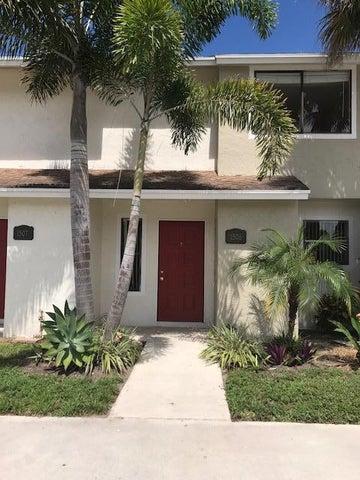 1506 Wharf Lane, Greenacres, FL 33463