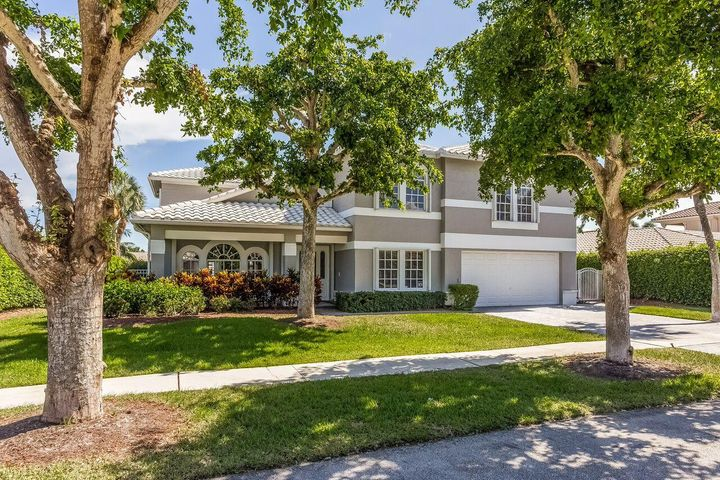 678 Carriage Hill Lane, Boca Raton, FL 33486