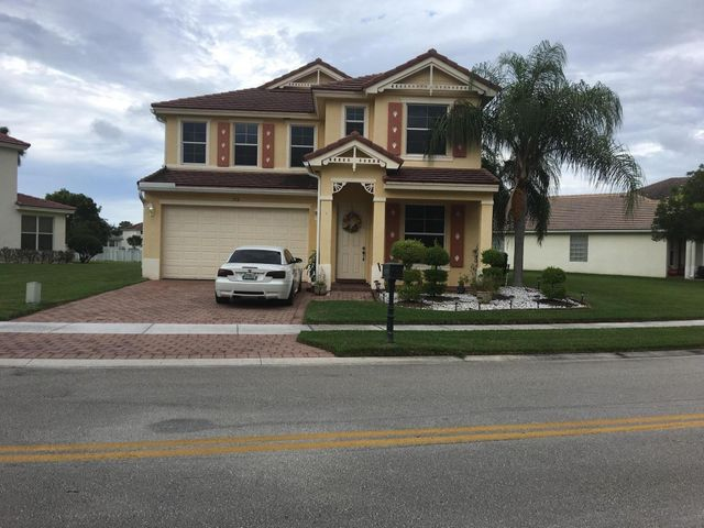 372 Belle Grove Lane, Royal Palm Beach, FL 33411