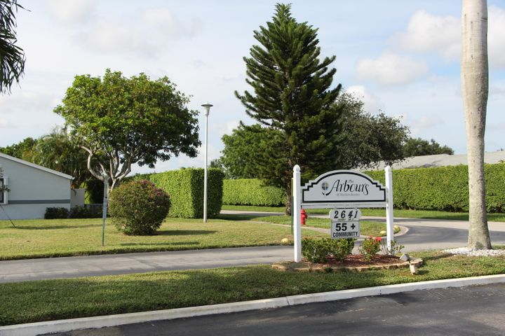 2641 Gately Drive W, 302, West Palm Beach, FL 33415
