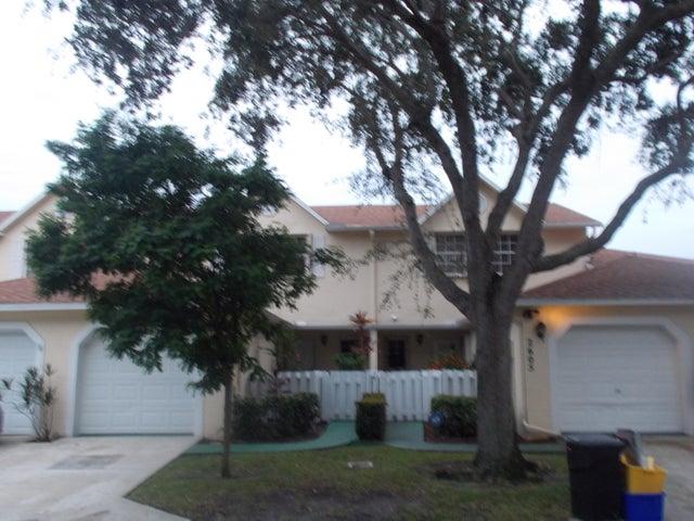 2604 Maplewood Drive, Greenacres, FL 33415