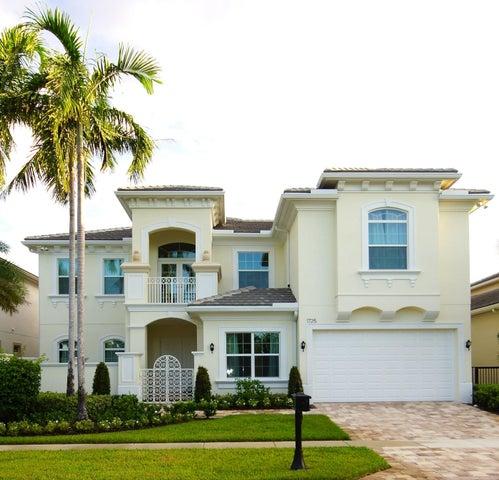 1725 W Hemingway Drive, Juno Beach, FL 33408