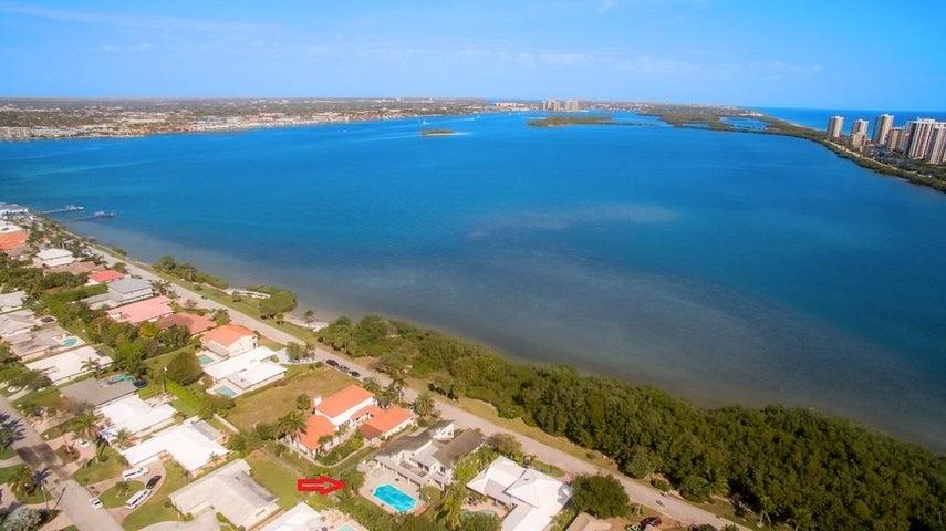1181 Pine Point Road, Singer Island, FL 33404