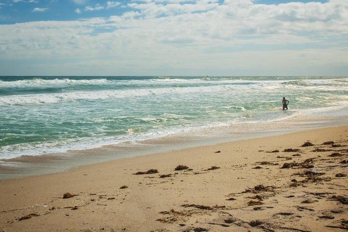 4200 N Ocean Drive, 2-103, Riviera Beach, FL 33404